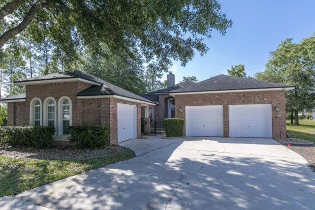 3907 Lake Crest Ter, Middleburg, FL 32068 (MLS #935628) :: The Hanley Home Team