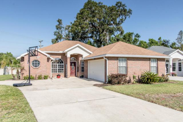 2972 Majestic Oaks Ln, GREEN COVE SPRINGS, FL 32043 (MLS #936465) :: St. Augustine Realty