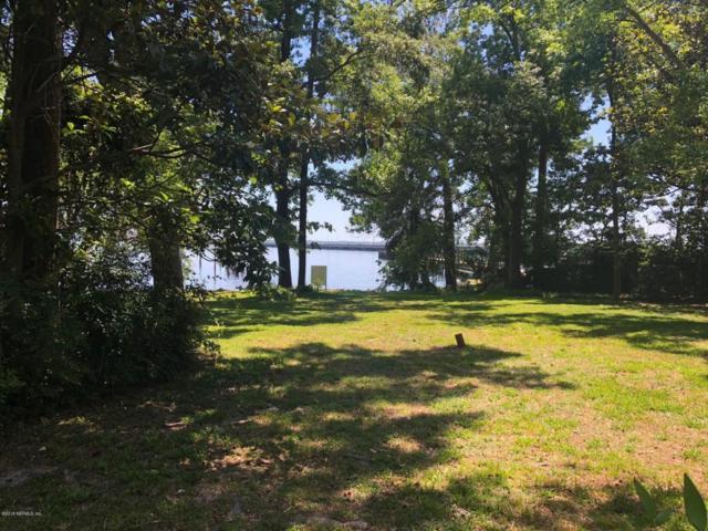 3700 Collins Rd, Jacksonville, FL 32244 (MLS #937802) :: RE/MAX WaterMarke