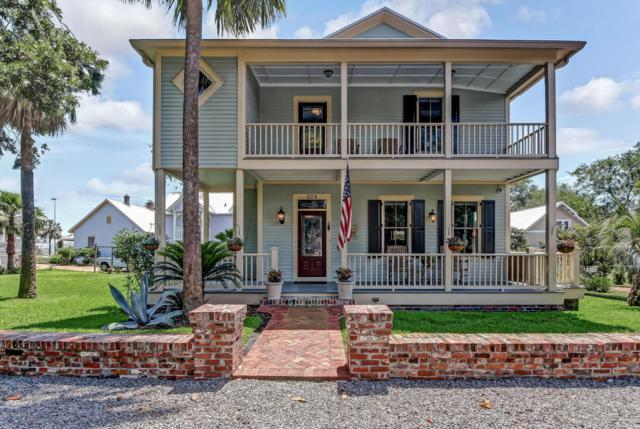424 N 3RD St, Fernandina Beach, FL 32034 (MLS #937854) :: The Hanley Home Team
