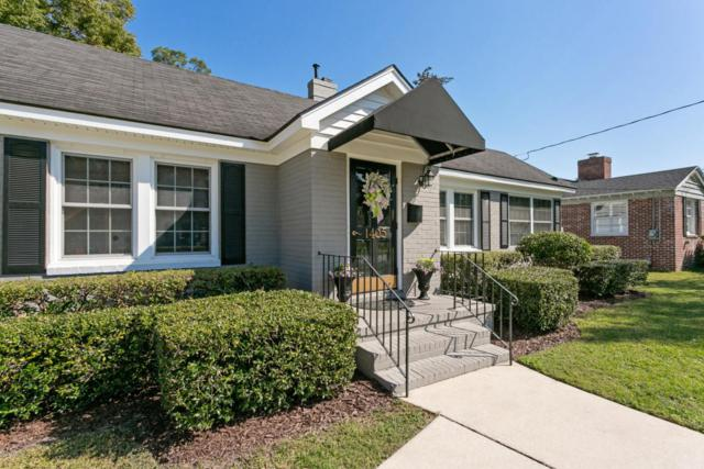 1405 Pinetree Rd, Jacksonville, FL 32207 (MLS #939266) :: The Hanley Home Team