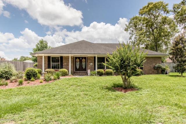 923 Ridgeway Ct, Orange Park, FL 32065 (MLS #939554) :: EXIT Real Estate Gallery