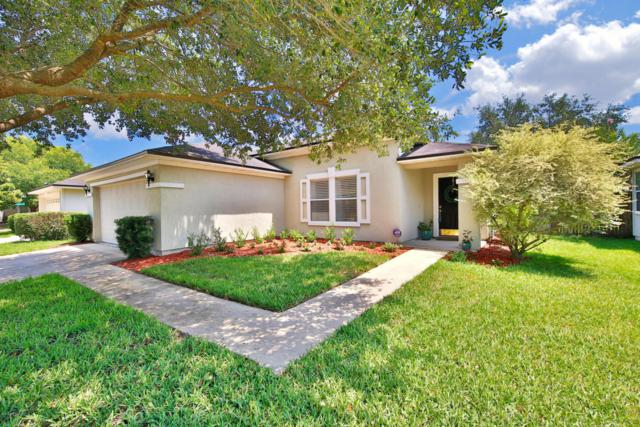 8065 Leafcrest Dr, Jacksonville, FL 32244 (MLS #940279) :: The Hanley Home Team