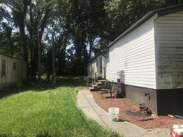 8530 Vining St, Jacksonville, FL 32210 (MLS #940532) :: The Hanley Home Team