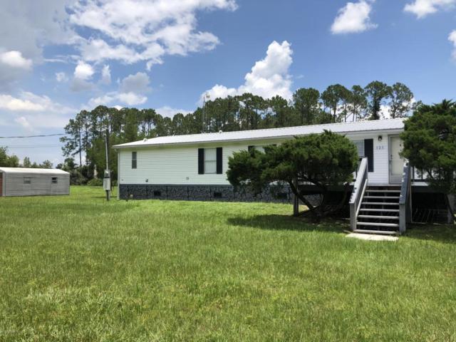 121 Oak Ln, East Palatka, FL 32131 (MLS #941498) :: Memory Hopkins Real Estate