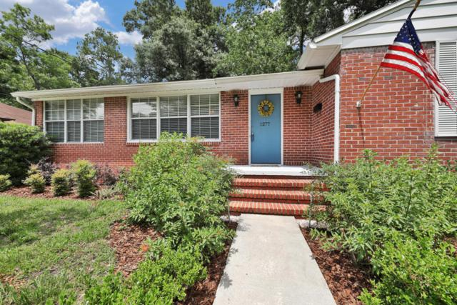 1277 Lechlade Cir, Jacksonville, FL 32205 (MLS #941691) :: The Hanley Home Team