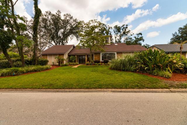 8229 Hidden Lake Dr N, Jacksonville, FL 32216 (MLS #942506) :: EXIT Real Estate Gallery