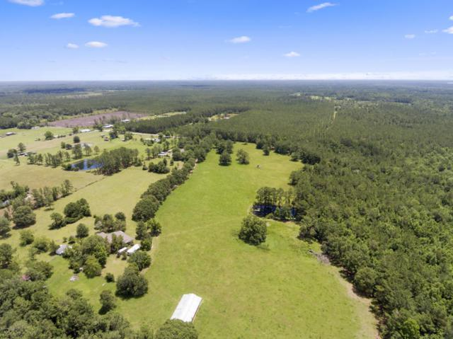 26395 Circle T Ln, Hilliard, FL 32046 (MLS #942595) :: CrossView Realty