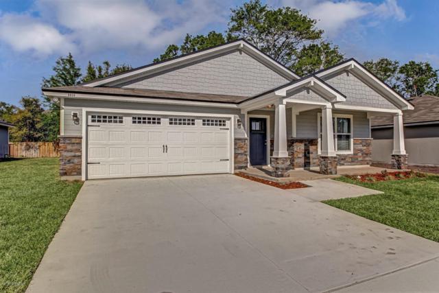 8067 Stuart Ave, Jacksonville, FL 32220 (MLS #942903) :: Memory Hopkins Real Estate