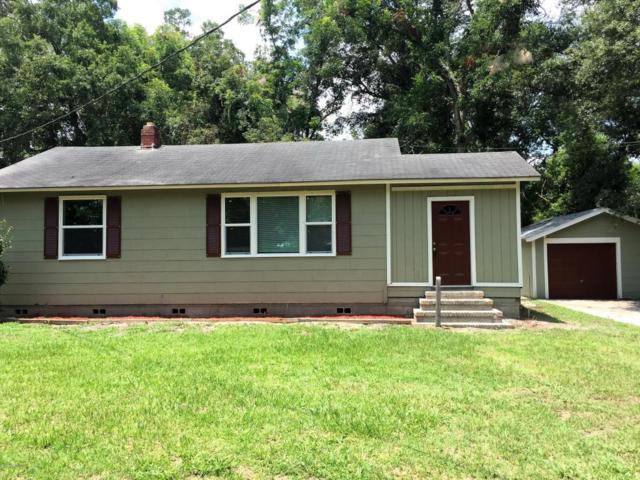 9046 Harrison Ave, Jacksonville, FL 32208 (MLS #942922) :: The Hanley Home Team