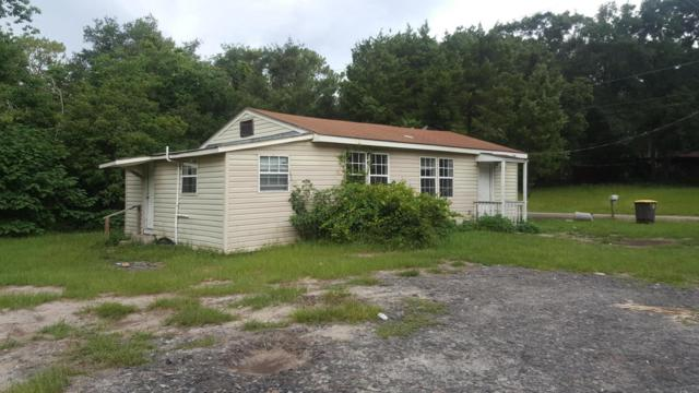 2304 5TH Ave, Jacksonville, FL 32208 (MLS #942941) :: Perkins Realty