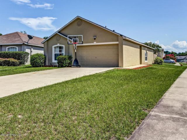 5596 Oak Crossing Ct, Jacksonville, FL 32244 (MLS #943167) :: The Hanley Home Team