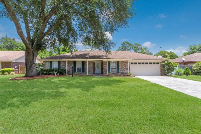 2314 Stonebridge Dr, Orange Park, FL 32065 (MLS #944566) :: St. Augustine Realty