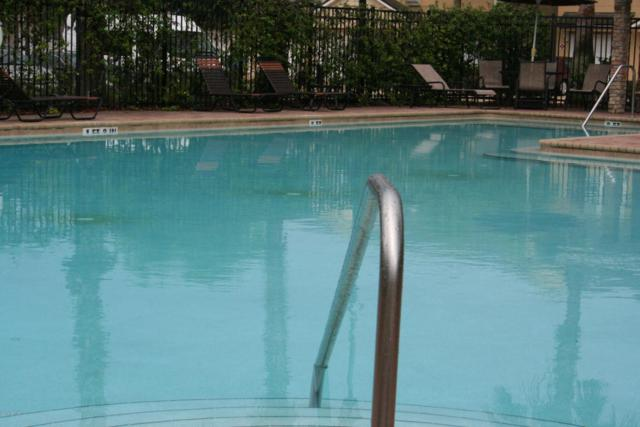 8196 Cabin Lake Cir #103, Jacksonville, FL 32256 (MLS #945687) :: Memory Hopkins Real Estate
