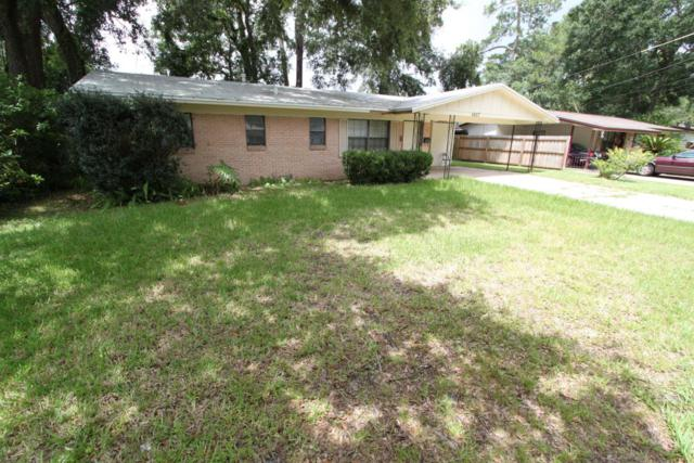 5657 Sabena Rd, Jacksonville, FL 32207 (MLS #945958) :: EXIT Real Estate Gallery