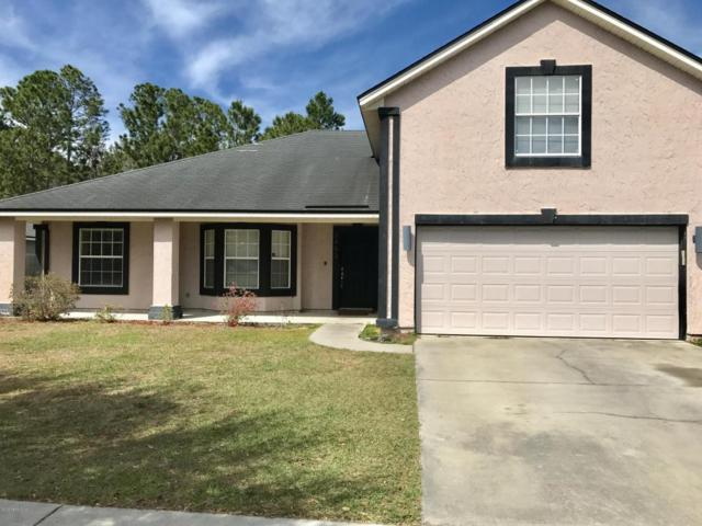 2493 Royal Pointe Dr, GREEN COVE SPRINGS, FL 32043 (MLS #946690) :: EXIT Real Estate Gallery