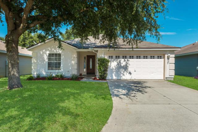 557 W Chancellor Dr, Jacksonville, FL 32225 (MLS #946716) :: EXIT Real Estate Gallery