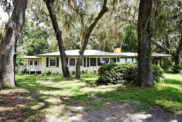 1919 Fl-20, Hawthorne, FL 32640 (MLS #946902) :: EXIT Real Estate Gallery