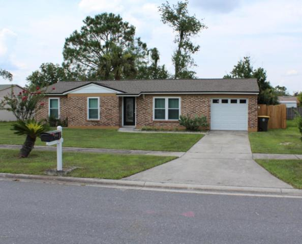 8121 Jeanwood Dr, Jacksonville, FL 32210 (MLS #947233) :: RE/MAX WaterMarke