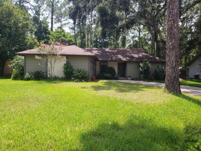 10210 Indian Princess Rd W, Jacksonville, FL 32257 (MLS #947569) :: EXIT Real Estate Gallery