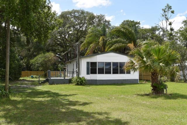 451 Union Ave, Crescent City, FL 32112 (MLS #947691) :: EXIT Real Estate Gallery