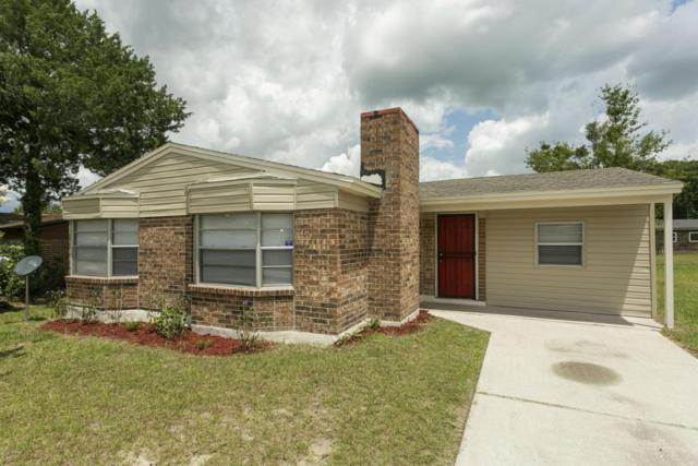 4347 Crossbow Rd, Jacksonville, FL 32208 (MLS #947722) :: EXIT Real Estate Gallery