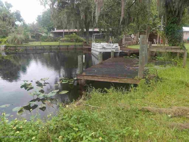 116 Riverview Cir, San Mateo, FL 32187 (MLS #948680) :: Memory Hopkins Real Estate