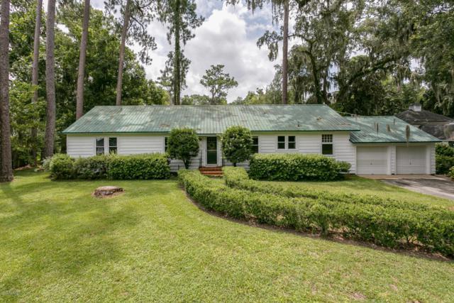 142 Stiles Ave, Orange Park, FL 32073 (MLS #948919) :: Memory Hopkins Real Estate