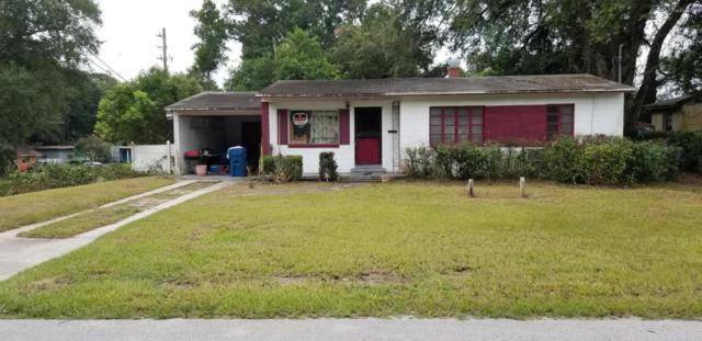 7959 Denham Rd E, Jacksonville, FL 32208 (MLS #949239) :: Memory Hopkins Real Estate
