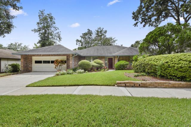 9090 Barnstaple Ln, Jacksonville, FL 32257 (MLS #949415) :: EXIT Real Estate Gallery