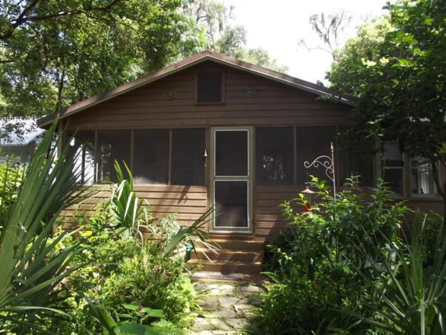 206 Beacon St, Interlachen, FL 32148 (MLS #949804) :: EXIT Real Estate Gallery