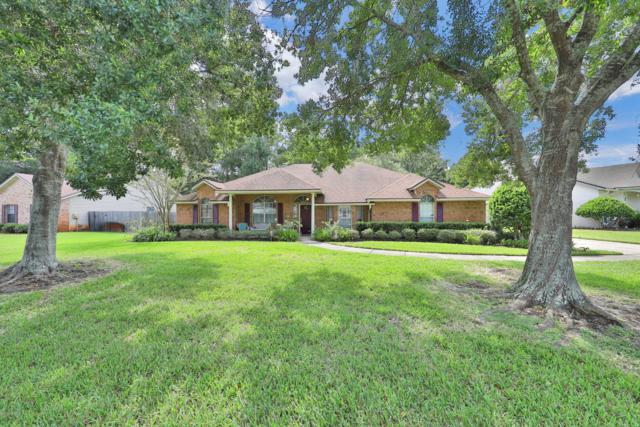 10359 Triple Crown Ave, Jacksonville, FL 32257 (MLS #951830) :: EXIT Real Estate Gallery