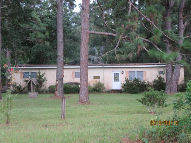 6519 Connie Jean Rd, Jacksonville, FL 32222 (MLS #951945) :: Memory Hopkins Real Estate