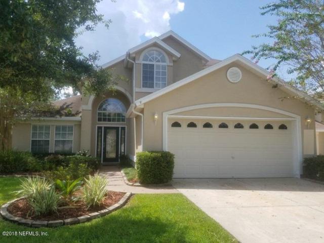 1425 Woodland View Dr, Orange Park, FL 32003 (MLS #952016) :: The Hanley Home Team