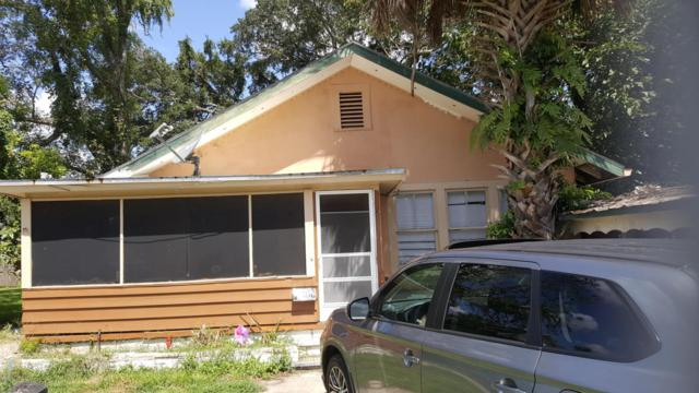 731 Carlton St, Jacksonville, FL 32208 (MLS #953210) :: EXIT Real Estate Gallery