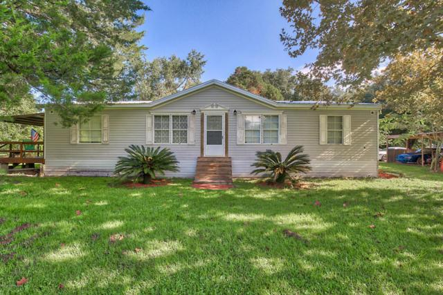 10433 Oakwood Ter, Glen St. Mary, FL 32040 (MLS #953256) :: EXIT Real Estate Gallery
