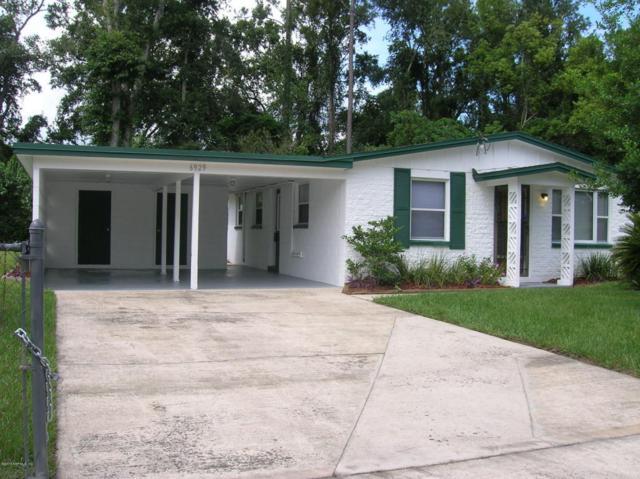 6929 Sonora Dr, Jacksonville, FL 32244 (MLS #953305) :: EXIT Real Estate Gallery
