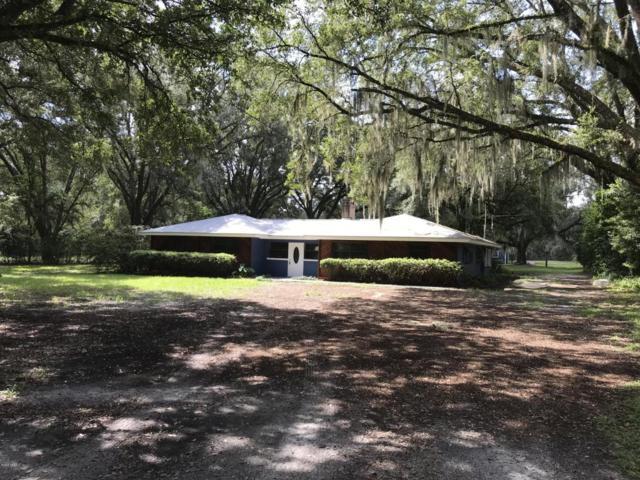 8606 Hipps Rd, Jacksonville, FL 32244 (MLS #953738) :: The Hanley Home Team