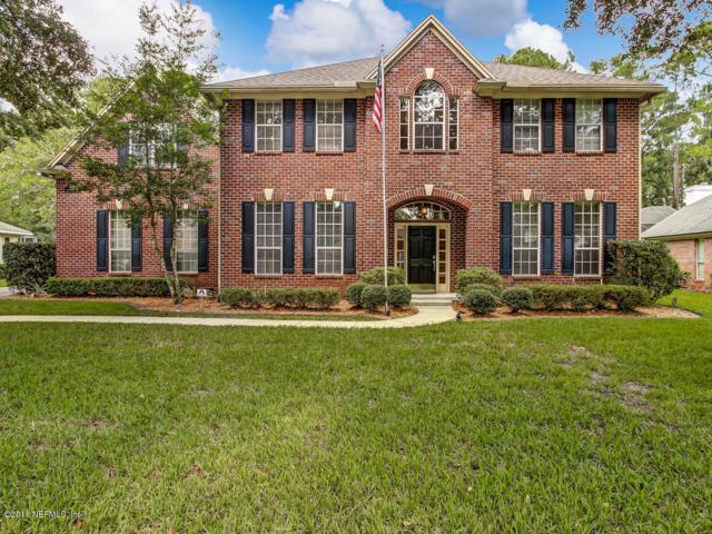 8740 Hampshire Glen Dr S, Jacksonville, FL 32256 (MLS #953806) :: The Hanley Home Team