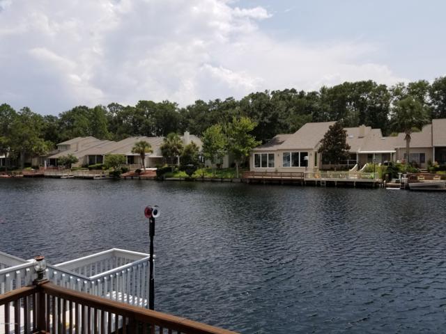29 Fox Valley Dr, Orange Park, FL 32073 (MLS #953919) :: Berkshire Hathaway HomeServices Chaplin Williams Realty