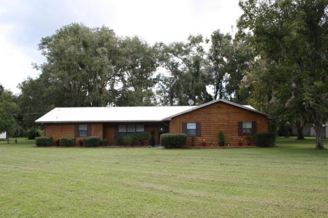 244 N Lake Dr, Crescent City, FL 32112 (MLS #954877) :: EXIT Real Estate Gallery