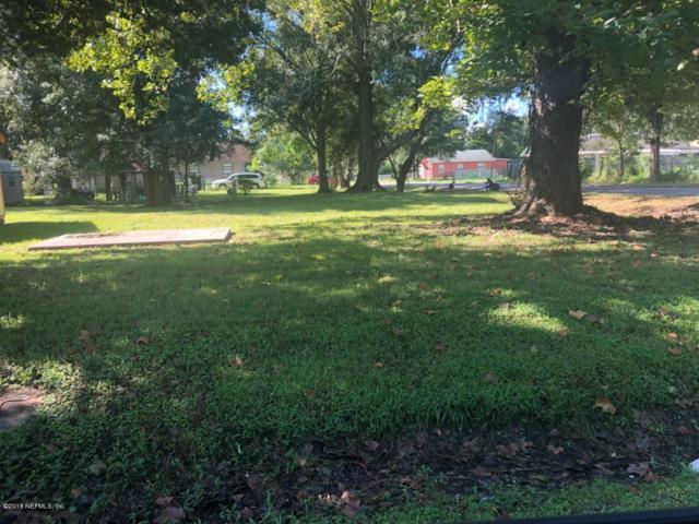 3655 Nolan St, Jacksonville, FL 32254 (MLS #956895) :: The Hanley Home Team