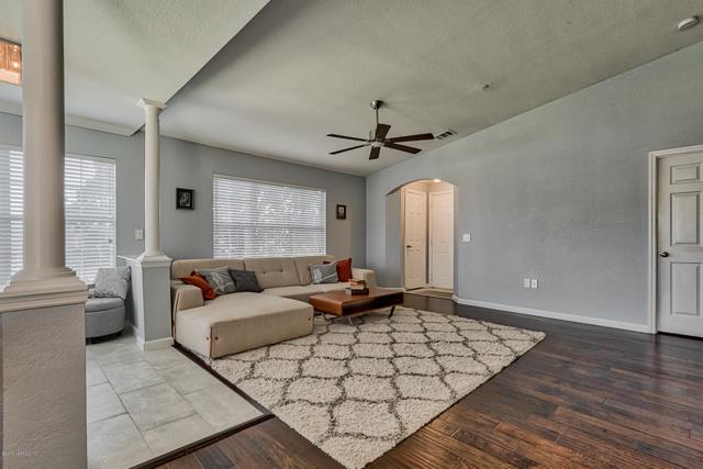 10961 Burnt Mill Rd #838, Jacksonville, FL 32256 (MLS #957028) :: Berkshire Hathaway HomeServices Chaplin Williams Realty