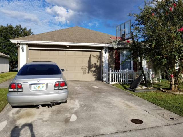 4241 Lindy Trl, Jacksonville, FL 32210 (MLS #957350) :: EXIT Real Estate Gallery