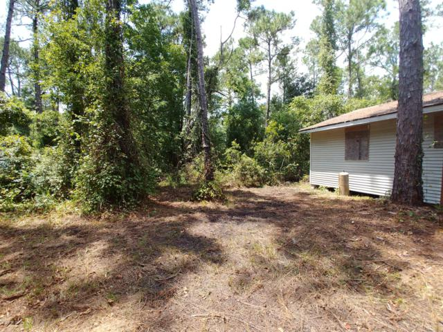 221 Palm St, Crescent City, FL 32112 (MLS #957906) :: EXIT Real Estate Gallery