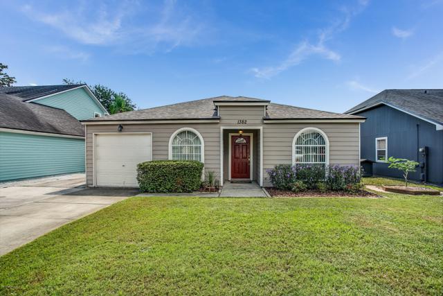 1382 N Eastwind Dr, Jacksonville Beach, FL 32250 (MLS #958321) :: Florida Homes Realty & Mortgage