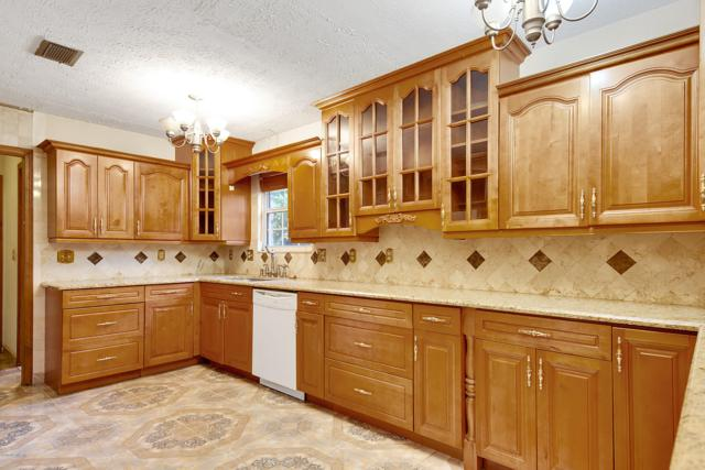 9440 Beauclerc Cove Rd, Jacksonville, FL 32257 (MLS #958588) :: EXIT Real Estate Gallery