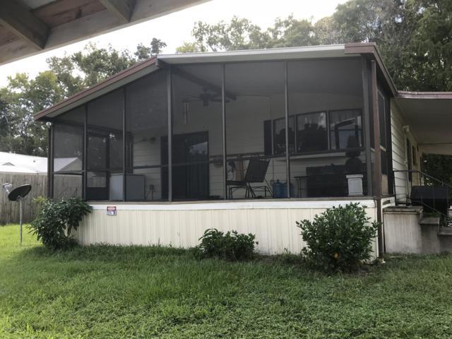 134 Jill Ln, Satsuma, FL 32189 (MLS #958777) :: EXIT Real Estate Gallery