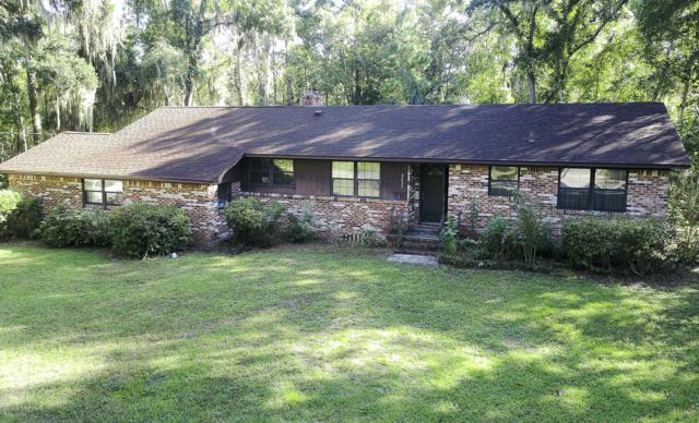 2427 Holly Point Rd W, Orange Park, FL 32073 (MLS #958787) :: Berkshire Hathaway HomeServices Chaplin Williams Realty