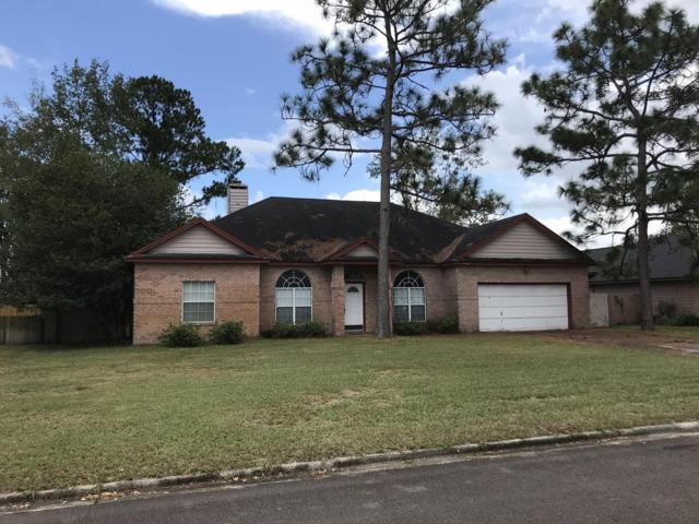 8914 Camshire Dr, Jacksonville, FL 32244 (MLS #958874) :: EXIT Real Estate Gallery